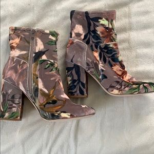 Steve Madden floral velvet boots